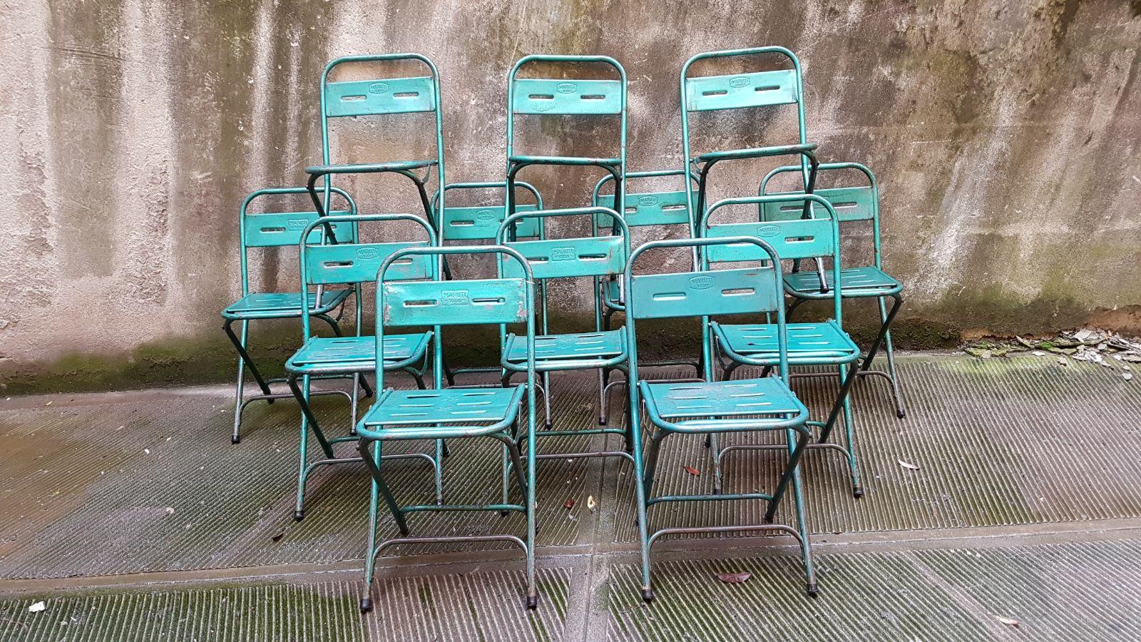 Lo stile di arredamento anni '50 pretende che i mobili e con essi le sedute assumano delle forme semplici e sinuose e sopratutto diventino sempre più. Sedie Ferro Anni 50 Verdi Neoretro
