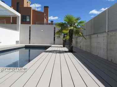 Tarima madera composite piscina