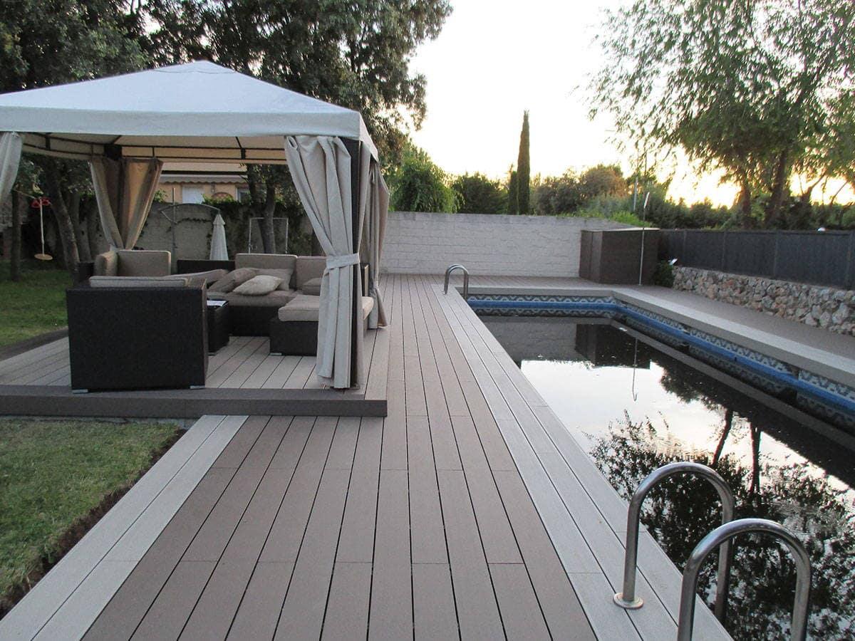 Tarima exterior piscina qu piezas son las m s adecuadas for Tarima piscina