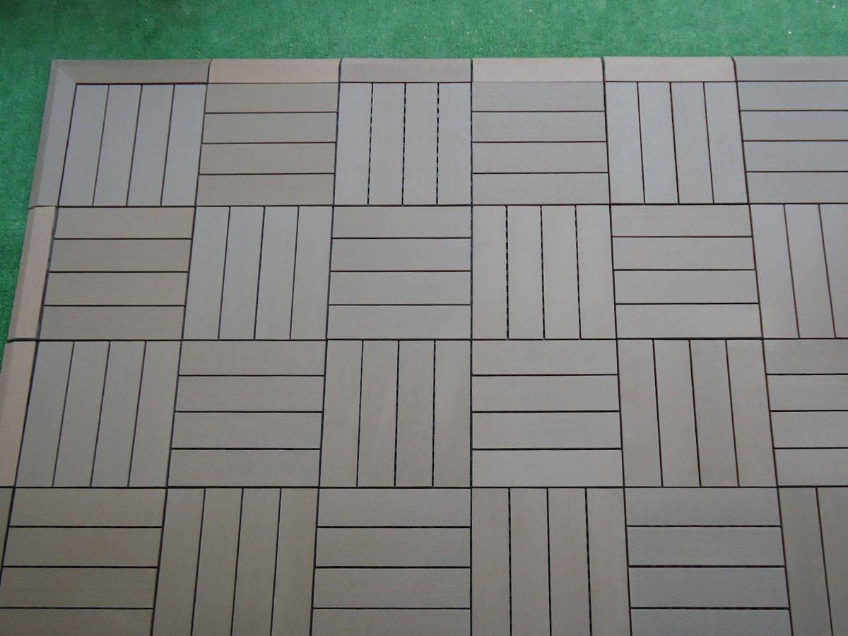 baldosa de madera exterior con sistema de clicks en los cuatro lados