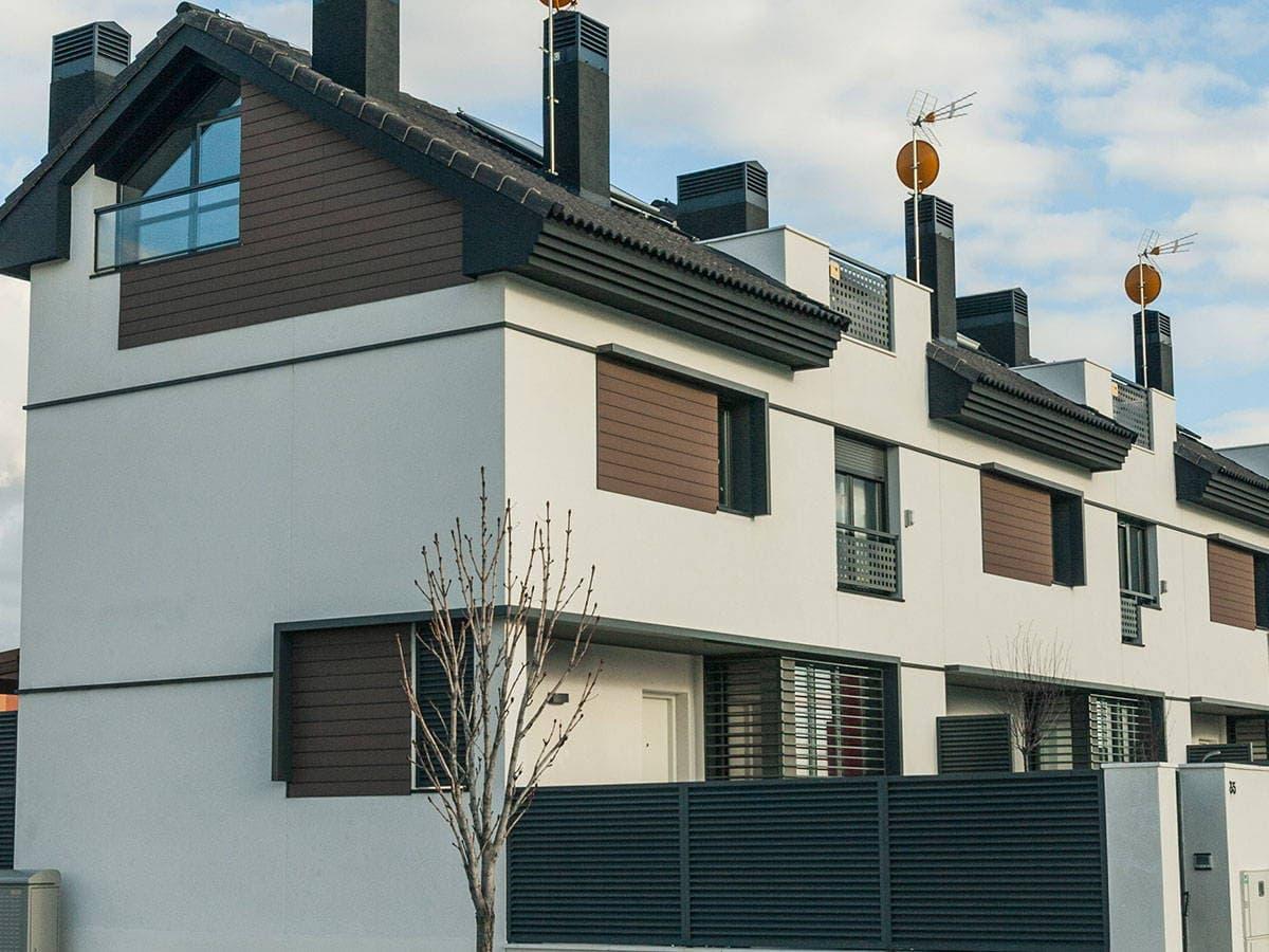 Paneles de revestimiento exterior paredes y fachadas de alta durabilidad - Revestir pared exterior ...