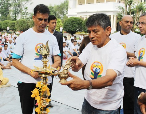 People From Various Walk Of Life Joins The International Day Of Yoga 2015