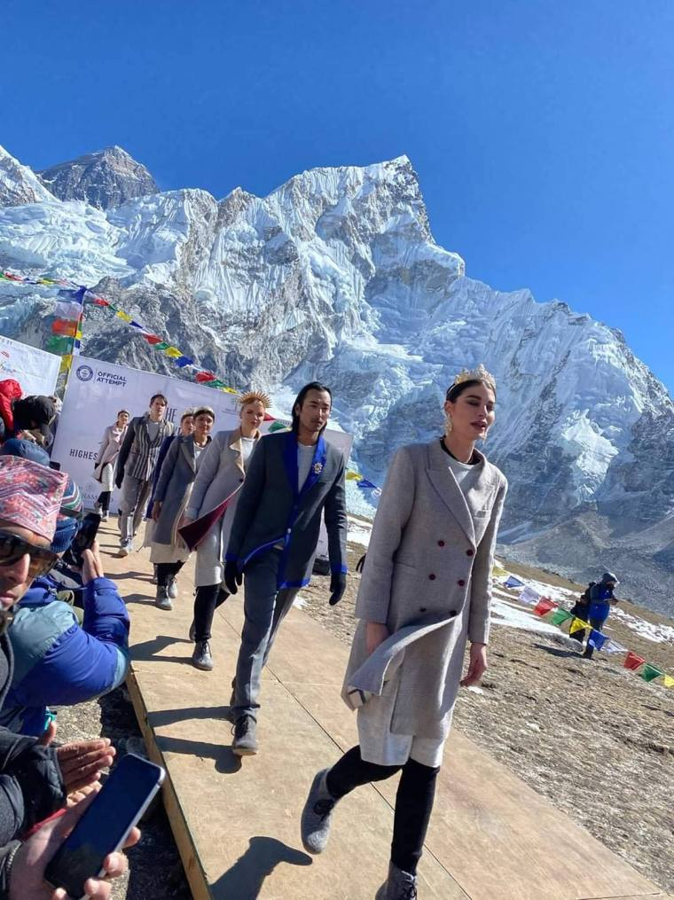 The Mount Everest Fashion Runway2
