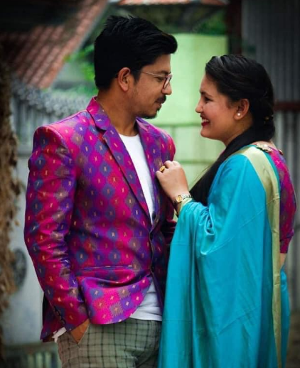 Prakash Saput with his wife