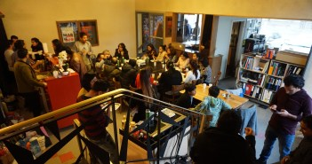 """स्विट्जरल्याण्डको सुरमा """"छक्का पन्जा दुई"""" प्रदर्शन"""