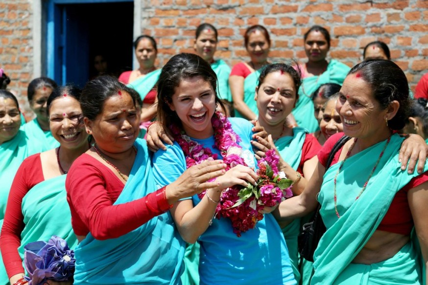 selena-gomez-unicef-nepal-4