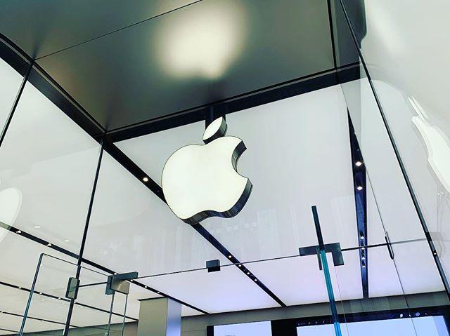 Apple Store新宿