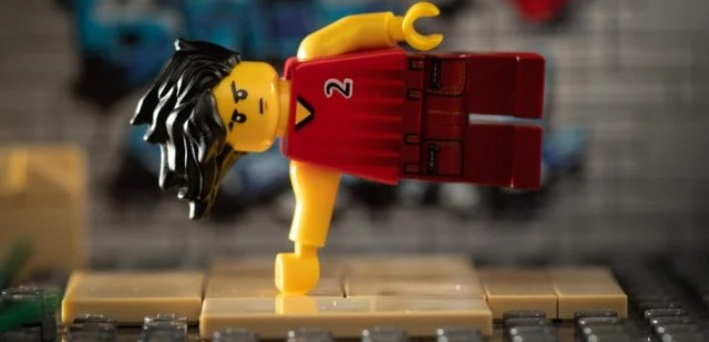 This LEGO lifts his own bodyweight no problem.