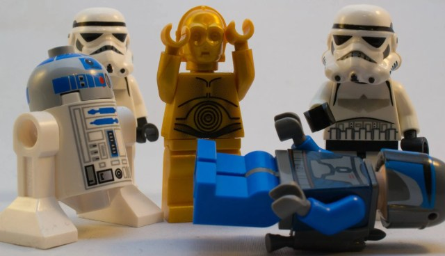 LEGO Star Wars characters, with one on the floor.