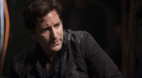 Ugh, Marcus Kane. You are so attractive but this whole martial law thing isn't working. [CW]