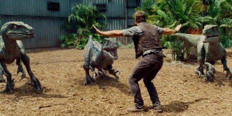 Jurassic-World-Trailer-Still-2-700x351