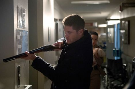 Dean's armed to the teeth, but Sam has other plans [Source: Diyah Pera/The CW]