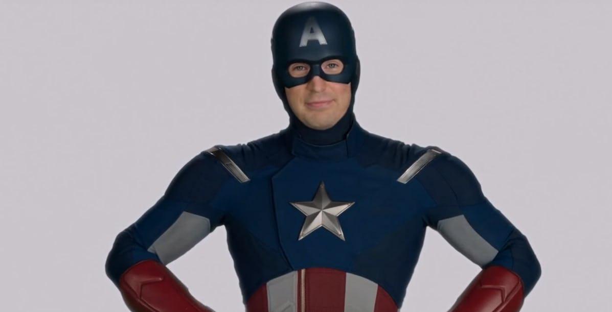 Chris Evans nei panni di Captain America
