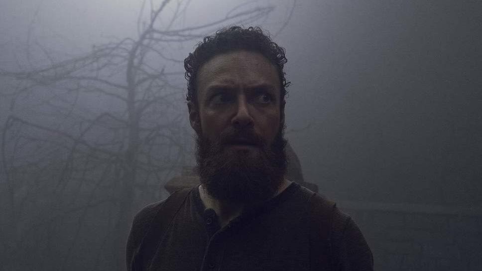 Aaron nel finale di metà stagione - The Walking Dead