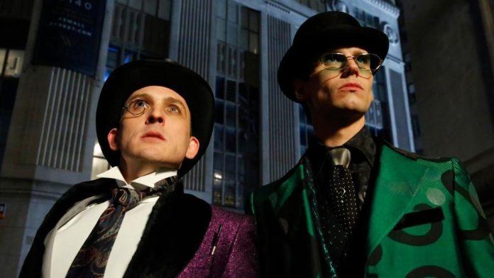 Gotham: pinguino enigmista riassunto episodio 5x12