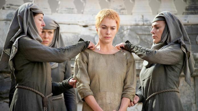 Cersei affronta il cammino della penitenza