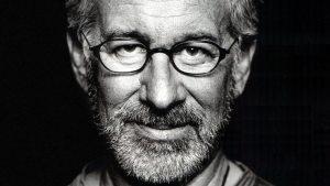 Steven Spielberg sta scrivendo una serie horror da vedere solo di notte