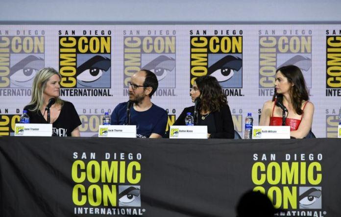Il cast di queste oscure materie, la nuova serie di HBO,  si racconta in un intervista durante il san diego comic-con 2019