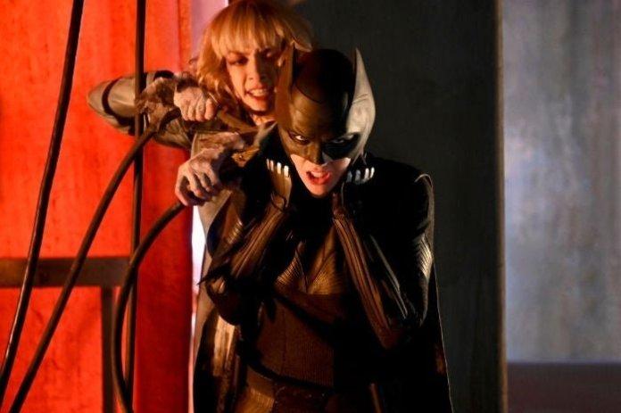 Batwoman: foto 1x01