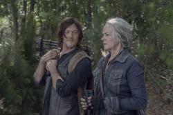 """The Walking Dead 10x06: trailer, Sneak Peek, sinossi ed immagini dell'episodio """"Bonds"""""""