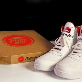 Pizza Hut Pie Tops – Le scarpe che ordinano la pizza!
