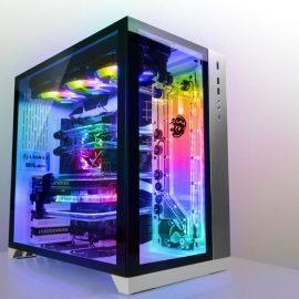 """Razer – Si amplia il programma """"Designed by Razer Case"""" con Lian Li e arriva il telaio per PC Tomahawk"""