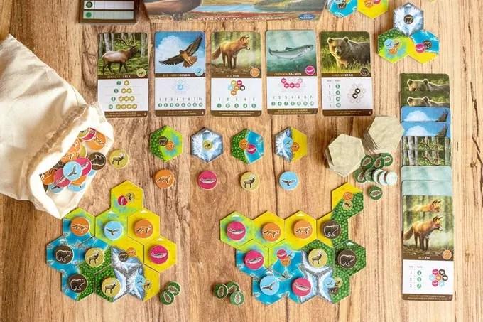 Little Rocket Games annuncia la distribuzione italiana di Cascadia! Comunicati Stampa Giochi da Tavolo