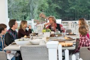 Dinner at Stone Crandall (Chris Hemsworth)'s house.