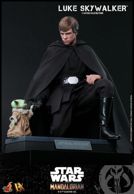 Hot Toys Luke Skywalker Figure with Grogu