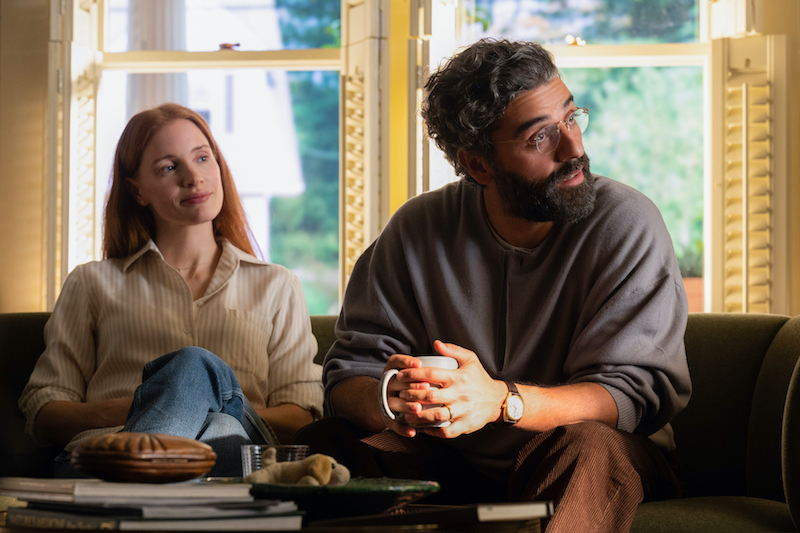 Still of Jessica Chastain and Oscar Isaac in Scenes from a Marriage