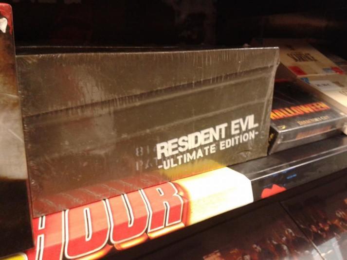 Solch eine riesige Resident Evil Box muss erstmal einen Platz finden!