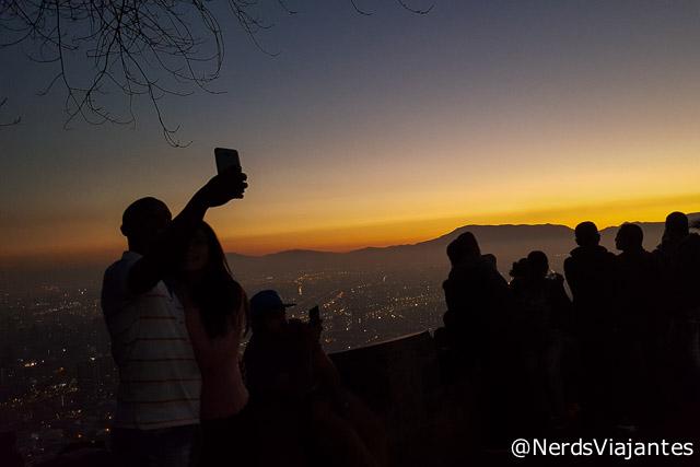 Entardecer no Cerro San Cristóbal em Santiago - Chile