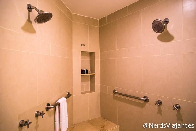 Banheiro da Suíte Caribe no Hard Rock Hotel & Casino Punta Cana - República Dominicana