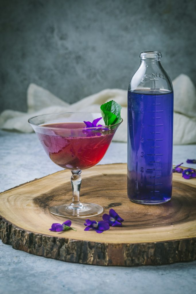 Aviation Cocoktail with Violet Syrup