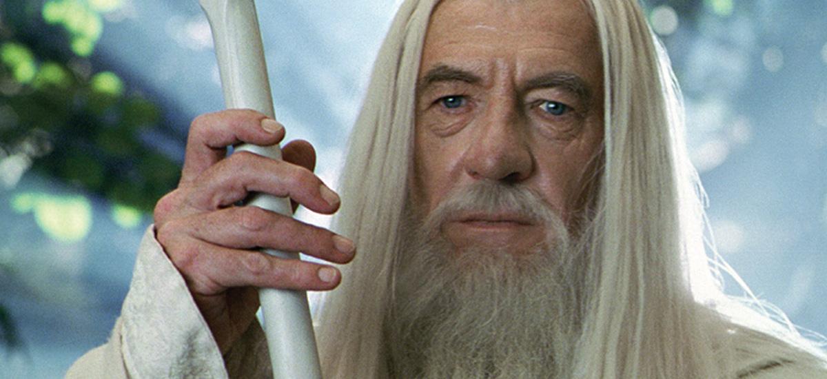 O SENHOR DOS ANÉIS | Ian McKellen diz que aceitaria interpretar novamente Gandalf na série que está sendo produzida