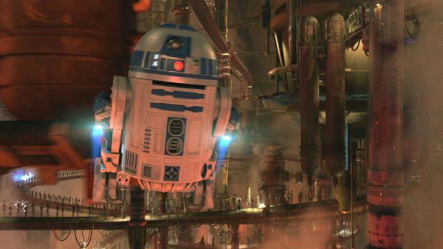 R2 flying