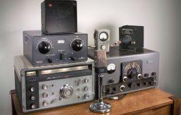 A Look at Vintage Ham Radio Gear Hamvention Flea Market [ Video ]