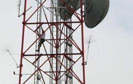 Man climbs 400-foot TV tower at WKMG News 6 in Orlando