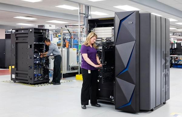 produk-produk IBM