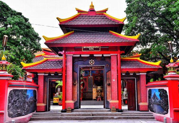 Agama di Indonesia - Buddha
