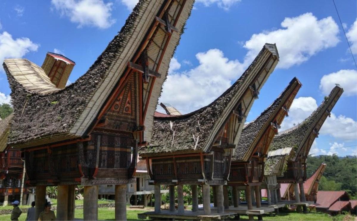 Rumah Adat Sulawesi Selatan Keunikan Dan Ciri Khas Beserta Gambarnya
