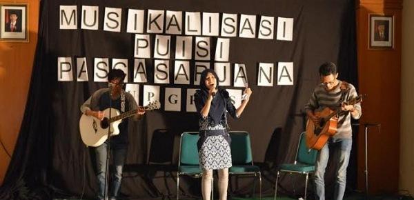 Contoh Musikalisasi Puisi Persahabatan