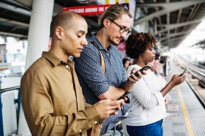 Dampak Negatif Internet Karena Memiliki Sifat Adiktif