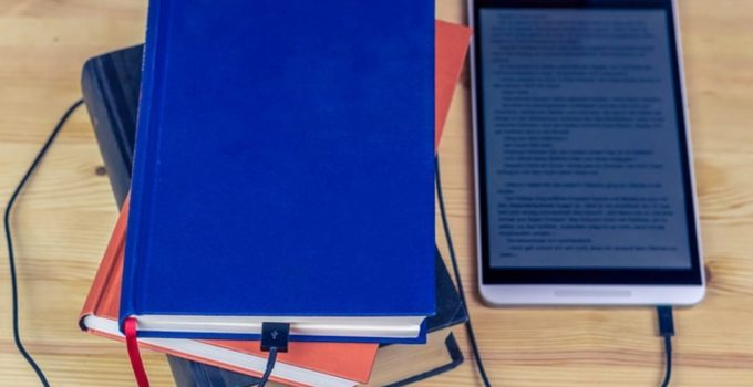 Kelebihan dan Kekurangan Buku Digital