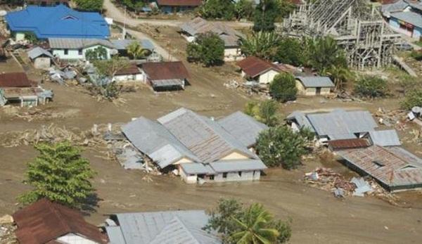Contoh Teks Editorial tentang Bencana Alam