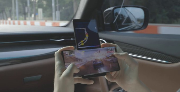 LG Wing Gadget on Smartphone Releas on 2020
