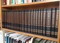 Apa Itu Ensiklopedia? Mengenal Pengertian Ensiklopedia