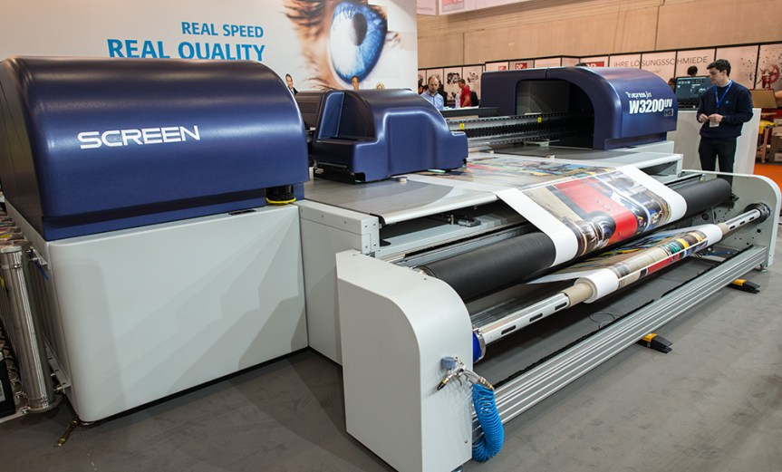 Screen W3200 UV wide format printer with roll to roll option fitted.