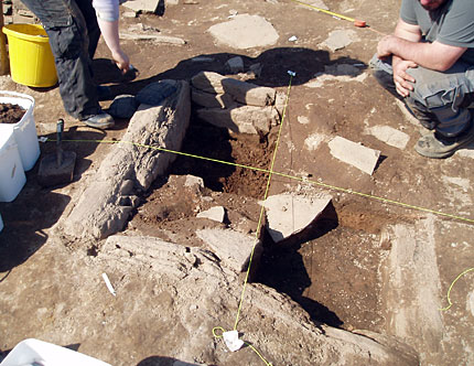 2011: The scale of the hearth in Structure Ten is revealed. (ORCA)