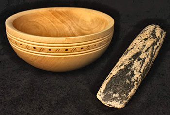 Sycamore turned bowl alongside the stunning polished stone axe from Structure Ten in 2013.